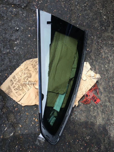 BMW 4 SERIES 2016 COUPE PASSENGER SIDE QUATER GLASS 51377297335
