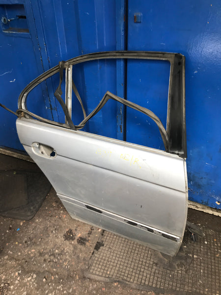 Bmw 5 series 2000 driver side rear door shell in silver needs respray