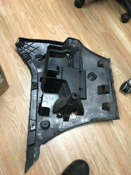 BMW 5 Series 2015 F10 Driver Side REAR BUMPER MOUNT 7184768  51127184768