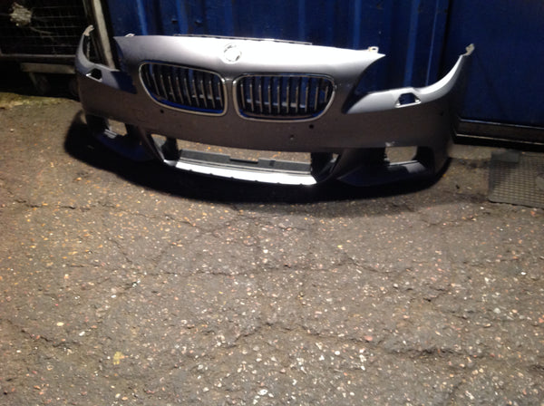 BMW 5 SERIES F10 2011 M-SPORT FRONT BUMPER NEEDS REPAIR/RESPRAY