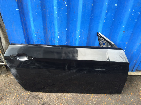 BMW 3 SERIES E92 E93  2009 Drivers side Door shell in black needs RESPRAY