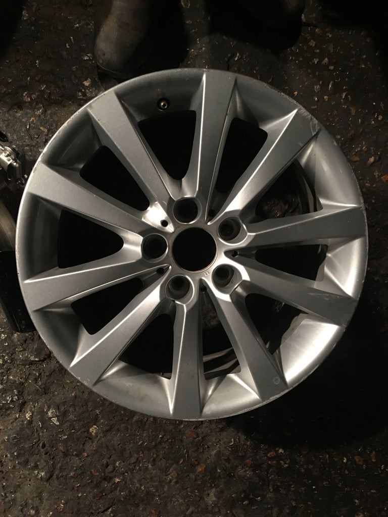 BMW ALLOY WHEELS  6790173
