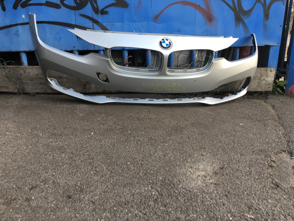 51117386283 BMW 3 Series 2017 front standard bumper needs respray