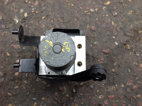 BMW 5 SERIES 530.  E 60 active steering Abs pump Dsc. 34516766304   /34526766306
