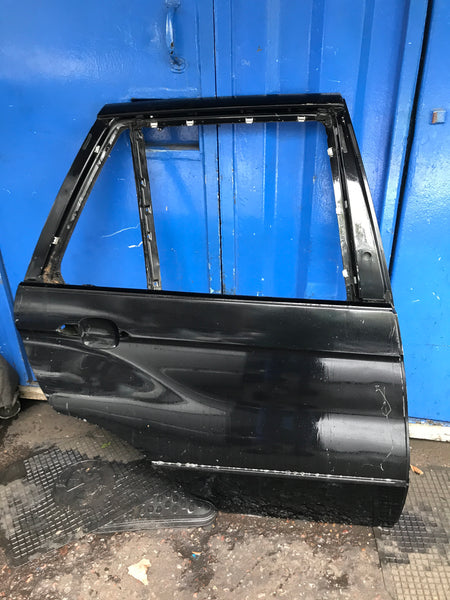 BMW X5 2005 driver side rear door shell in black needs respray