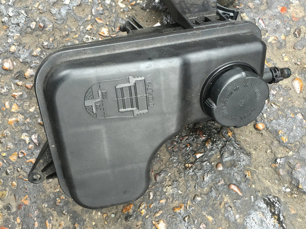 BMW 5 SERIES 2005 530 DIESEL E60 HEADER TANK WATER BOTTLE 17137785013