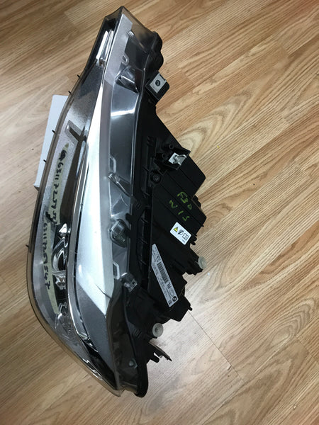 63117259547 BMW 3 series 2015 F30 Passenger Side xenon light