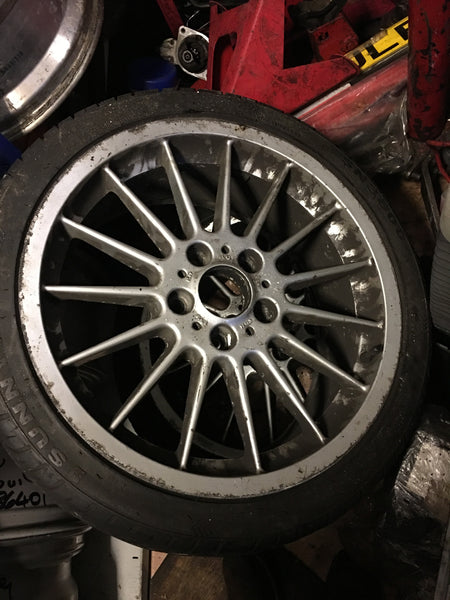 "BMW 3 SERIES E 46 2002 ORIGINAL RADIAL STYLING 32 ALLOY WHEEL WITH TYRE 18""8J X 18 1095340"