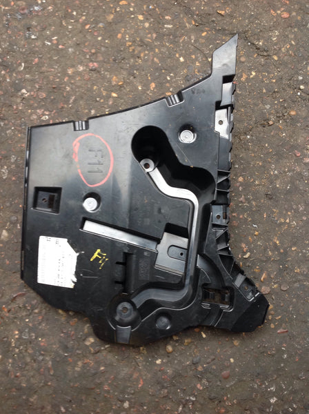 51127207111 BMW 5 SERIES 2013  TOURING F10 REAR BUMPER PASSENGER SIDE MOUNT