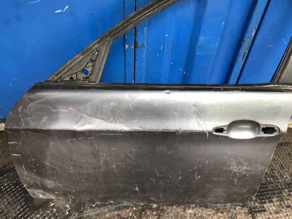 BMW 3 Series 2006 4/door passenger side front door shell needs repair/respray