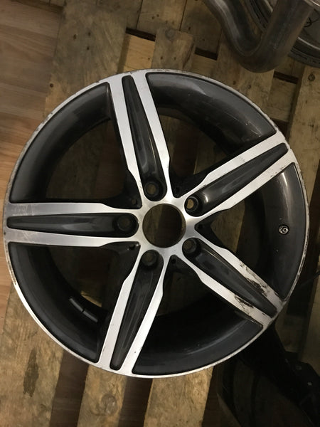6850151  bmw 1 series 2017  f20  17inch alloy wheel