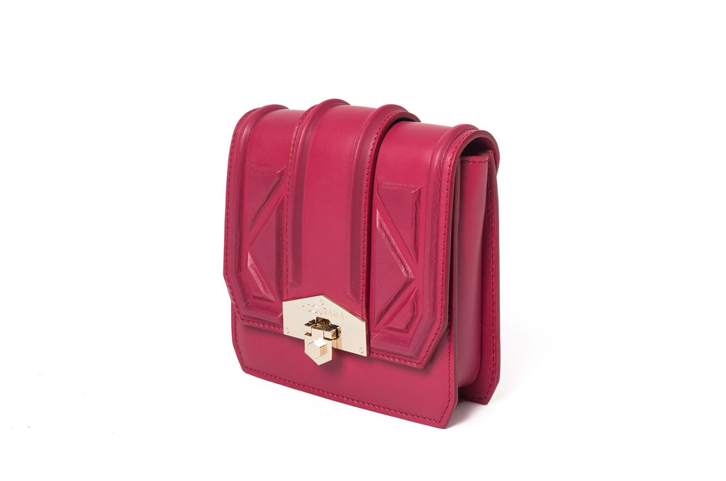 hibourama Bag Dolly Triangle Cherry side