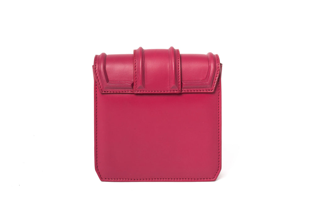 hibourama Bag Dolly Triangle Cherry back