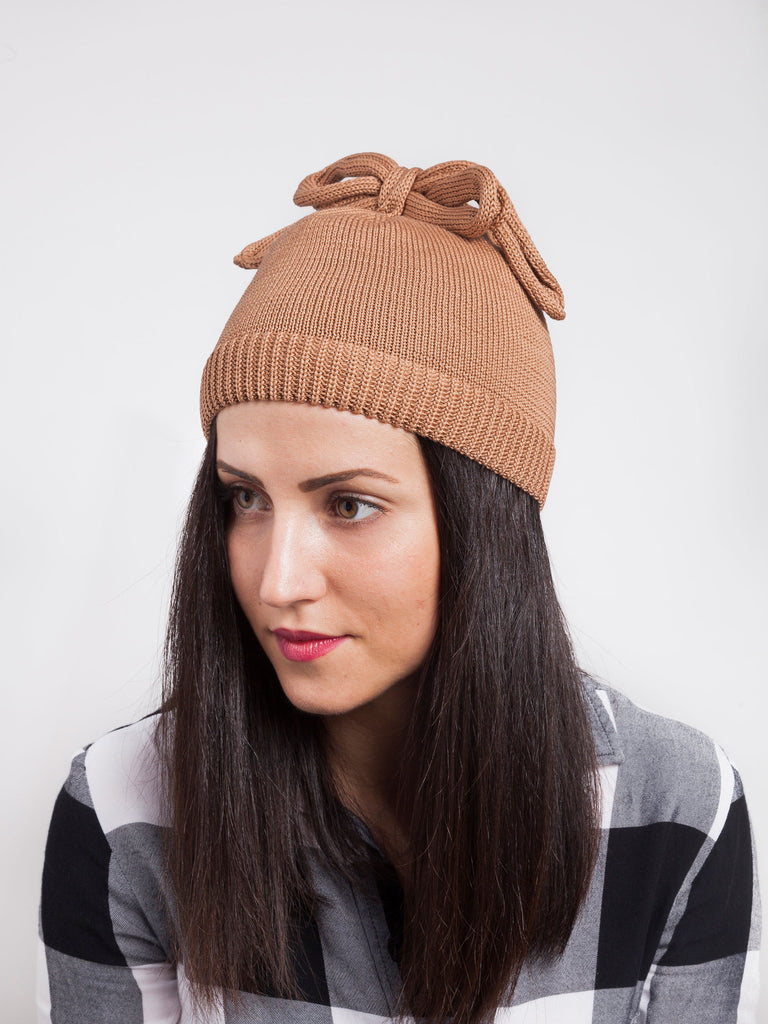 Federica Moretti brown beanie with lace collection