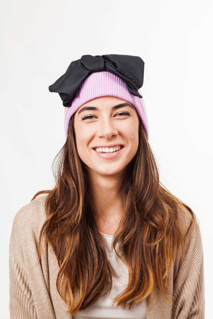leontine vintage bow beanie pink and black front