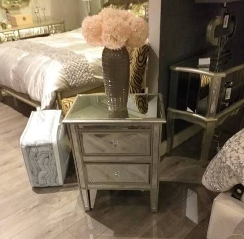 Luxury Vintage Venezia Antique Silver R9 Venetian Bedside Cabinet 2 Drawers WAREHOUSE CLEARANCE