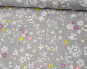 Memoire A Paris in Gray Floral from Lecien Fabrics, 1/2 yd