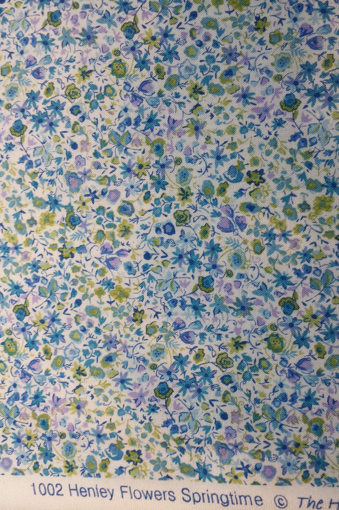 Henley Flowers Springtime Blue Green by Henley Studios for Makower UK, 1/2 yd