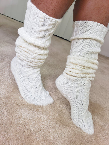 COZY - Cable Knit Socks