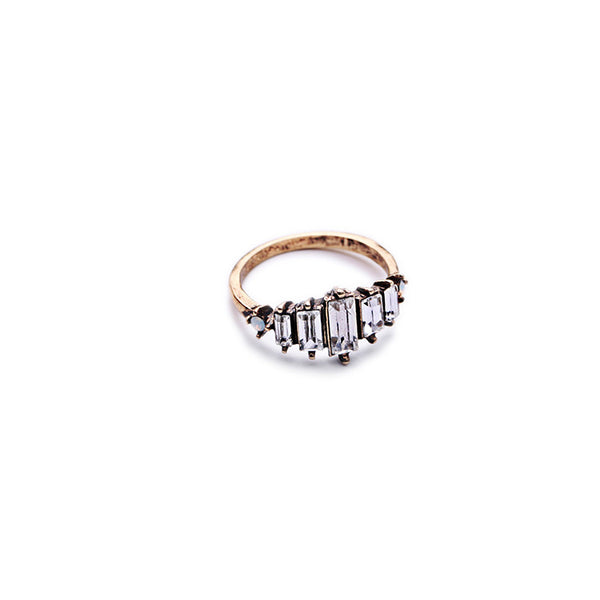 Antique-Retro-Strip-Crystal-Lady-Ring-gold