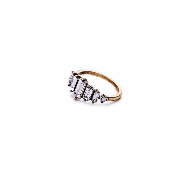 Antique-Retro-Strip-Crystal-Lady-Ring-fashion