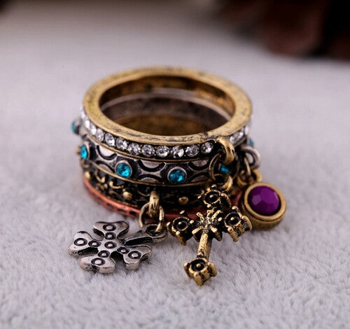 AJA - Vintage Carved Ring Set