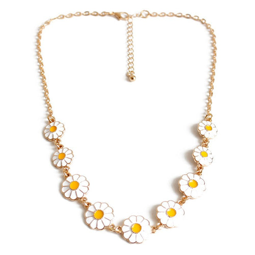 *JORDON - Daisy Charm Necklace