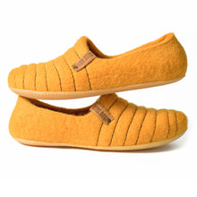 Load image into Gallery viewer, Sunflower Color Cocoon Felted Wool Clogs Style Slippers for Women