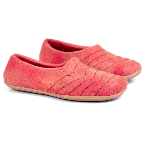Live Coral COCOON woolen slippers with sturdy & durable stitching on upper lining