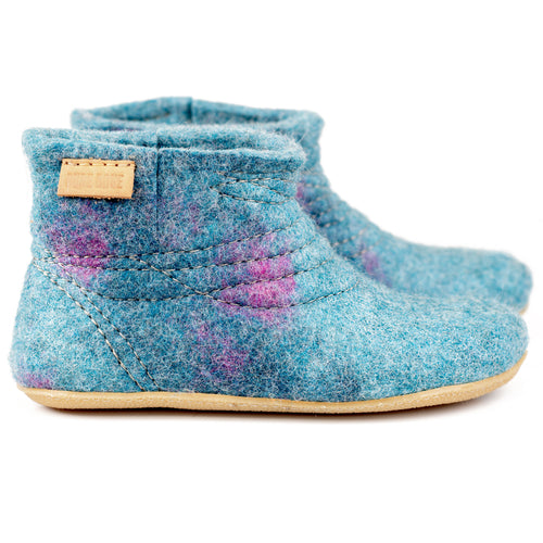 Light Petrol WOOBOOT mid booties with short side cut and sturdy stitching