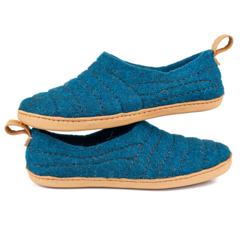 Dark Petrol COCOON woolen slippers with sturdy single stitching on surface