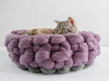 Load image into Gallery viewer, CHUNKY Aubergine/Dark Grey round cozy cat bed, natural and healthy kitten spot, handmade in Europe