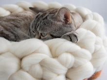 Load image into Gallery viewer, CHUNKY white/sienna hand knitted kitty bed made from pure wool, Healthy option for cats