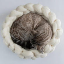 Load image into Gallery viewer, CHUNKY white/grey hand knitted kitty round bed, woolen healthy natural made by BureBure