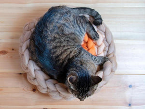 CHUNKY beige/orange hand knitted kitty mat, woolen healthy natural