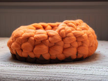 Load image into Gallery viewer, CHUNKY orange/brown hand knitted kitty bed-shelter with mini cover, woolen healthy natural
