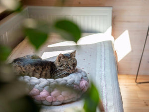 CHUNKY pink/gray hand knitted kitty bed-shelter with mini cover, soft & cozy spot for sleeping