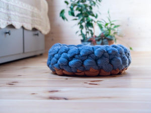 Chunky Grey/Orange round cat bed made from natural wool. Soft cats furniture