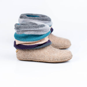 Womens woolen ankle boots with hand knitted leg warmer