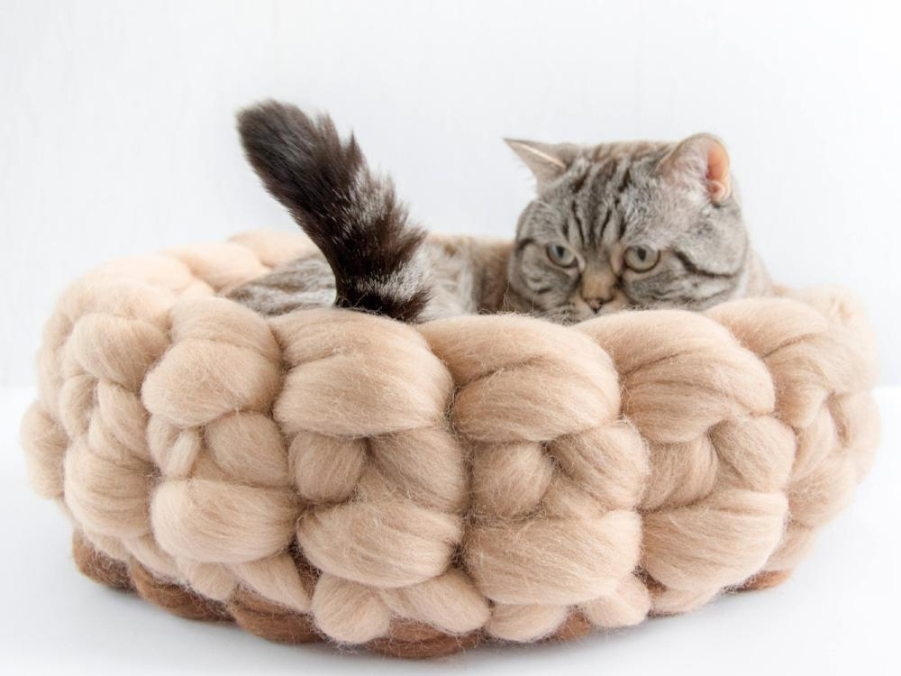 CHUNKY beige/brown hand knitted round basket for cats. Perfect spot for hiding,