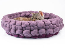 Load image into Gallery viewer, CHUNKY Aubergine/Dark lavender color hand knitted kitty basket for healthy, comfortable being. Made from natural wool