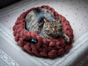 Round Cat Basket with handles CHUNKY Turquoise/Russet Brown