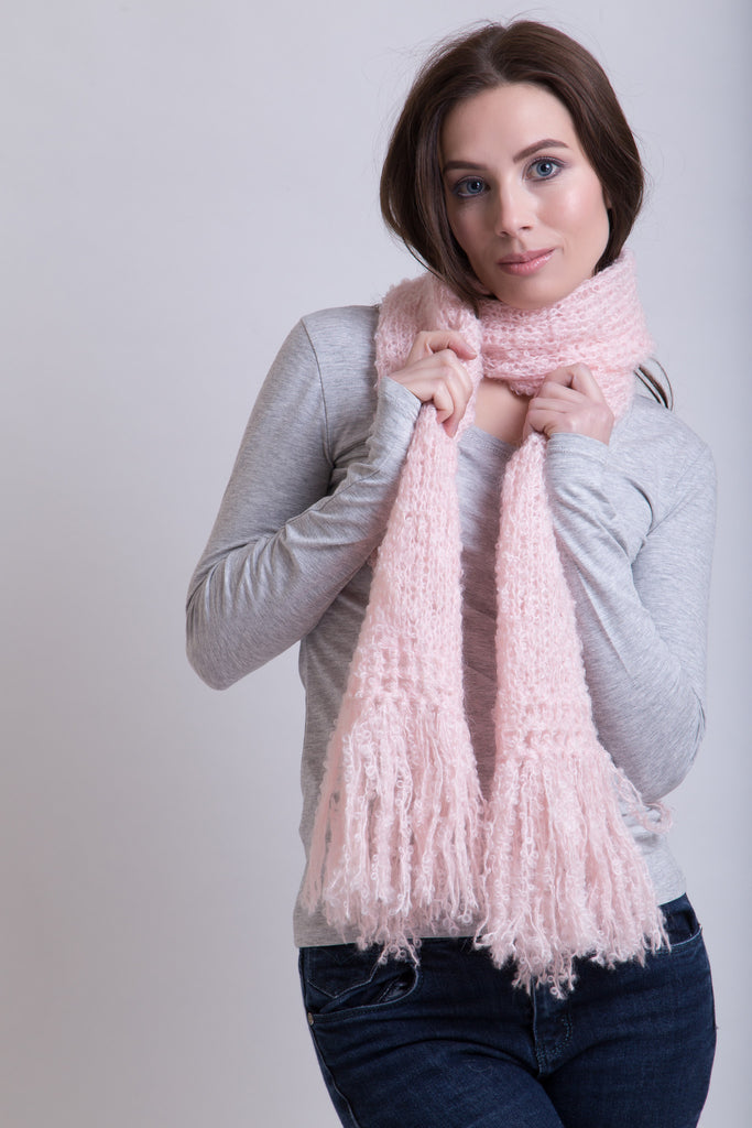 Ice Pink Boucle Scarf / Boucle Tassels