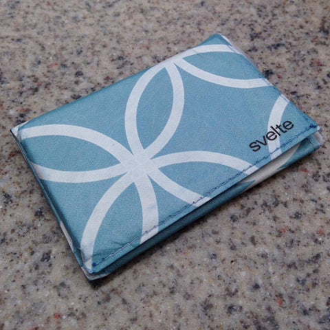 Ultra thin Svelte Wallet blue and white