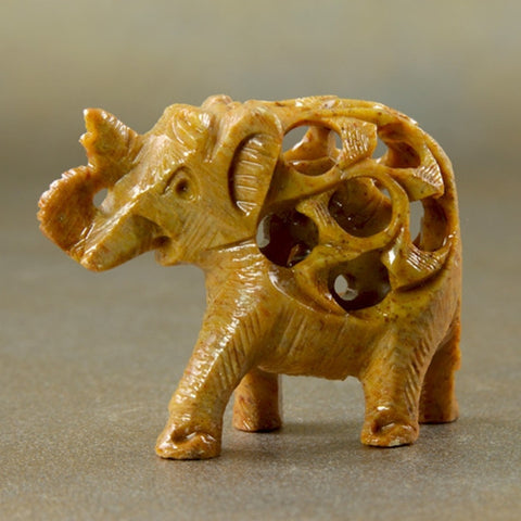 Statue - Soapstone elephant with baby 2