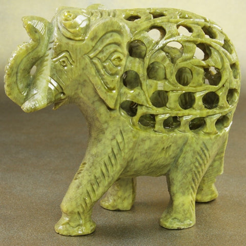Statue - Soapstone elephant with baby 5