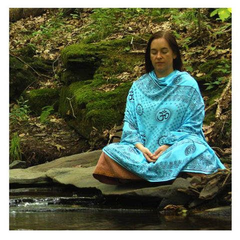Meditation Yoga Prayer Shawl - Mantra Om - Turquoise Large