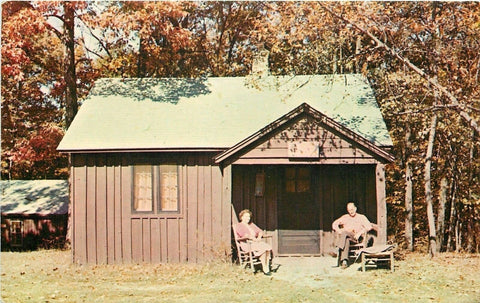 Nashville Indiana~Guest Cottage For Tourist~Brown County State Park~1950's PC | Refried Jeans Postcards
