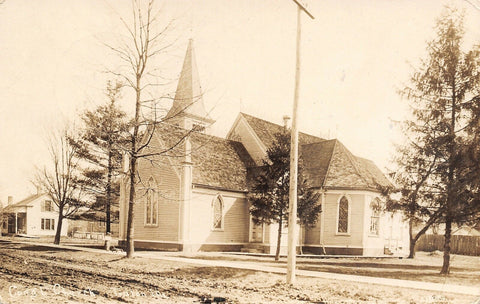 Toulon Illinois~Congregational Church~Dirt Road~House~Boy Pulls Wagon~1910 RPPC