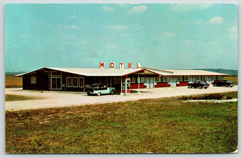 Dundee Illinois~Route 31~Dun-El View Motel~Telephone Booth~Free Breakfast~1964
